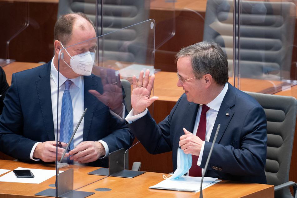 Für NRW-Ministerpräsident Armin Laschet (59, r) steht bei der Wahl zum CDU-Bundesvorsitz viel auf dem Spiel.
