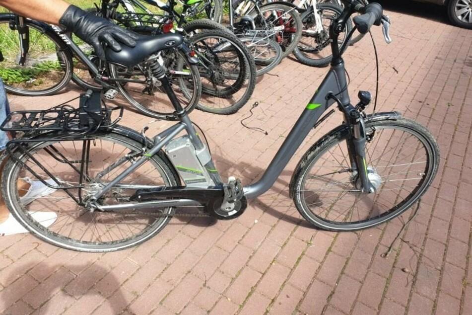 Die Polizei beschlagnahmte elf gestohlene Fahrräder.