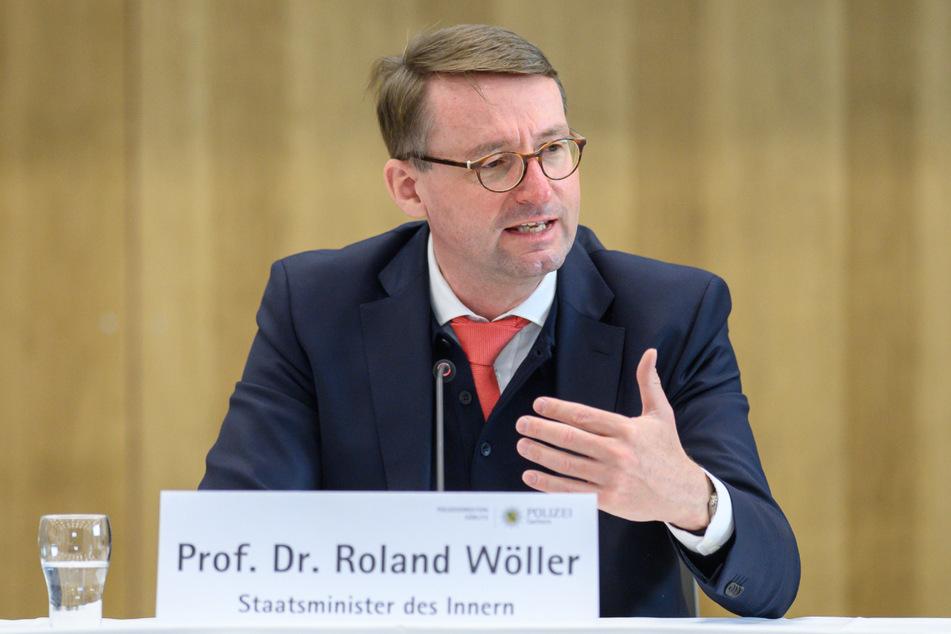 """Sachsens Innenminister Roland Wöller (50, CDU) findet die Beobachtung """"längst überfällig""""."""