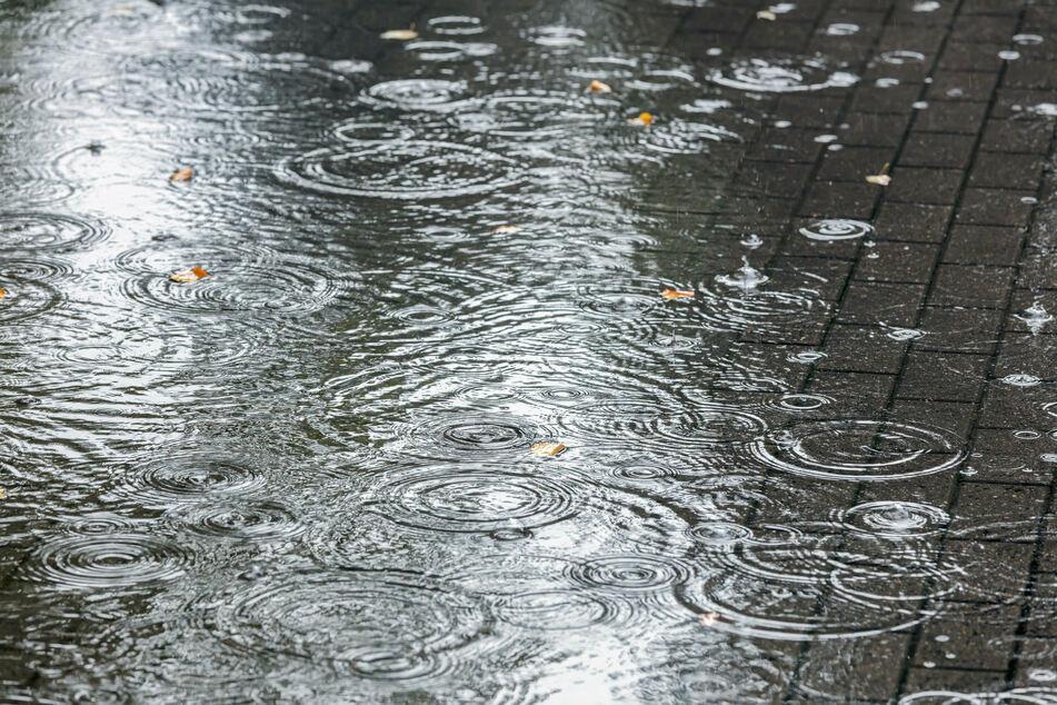 Am Wochenende soll der Regen nur punktuell fallen. Außerdem werden deutlich weniger Wassermassen erwartet.