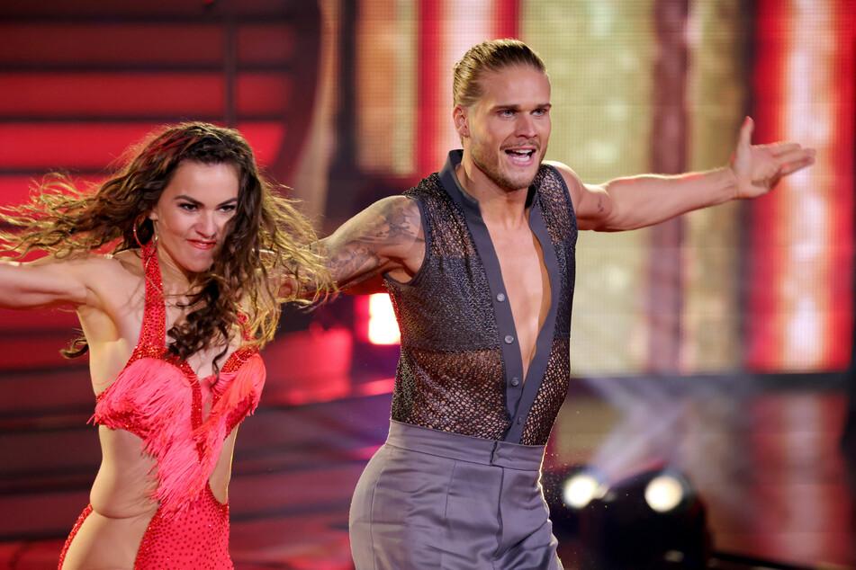 "Rurik Gislason (33) und Profi-Tänzerin Renata Lusin bei ""Let's Dance""."