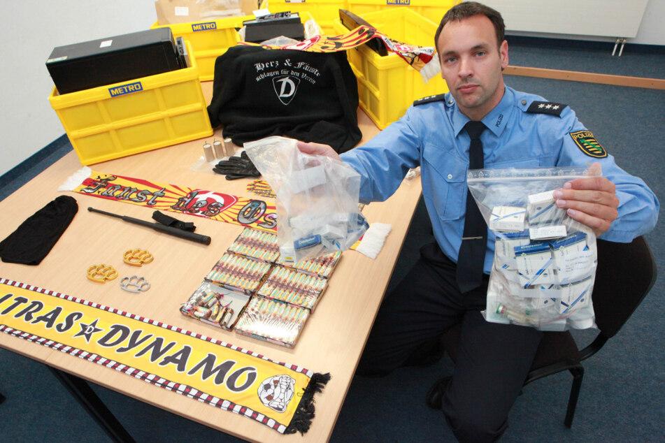 Im Juni 2012 präsentierte Polizeisprecher Thomas Geithner (47) noch stolz die Beweisstücke der Mega-Razzia.