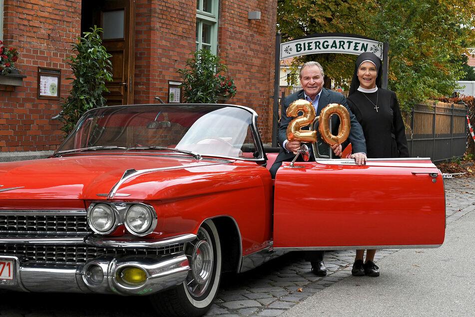 Auch in der letzten Staffel blieb Kloster Kaltenthal nicht vom Wettstreit zwischen Bürgermeister Wöller (Fritz Wepper, 79) und Schwester Hanna (Janina Hartwig, 60) verschont.