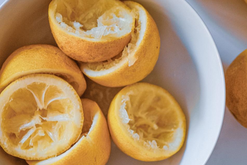 Zitronenschalen können auch als Allzweckreiniger eingesetzt werden.