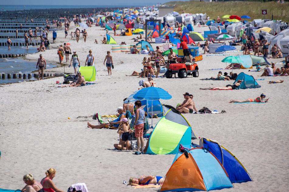 Am Strand von Zingst setzte plötzlich der Blasensprung der 18-Jährigen ein.