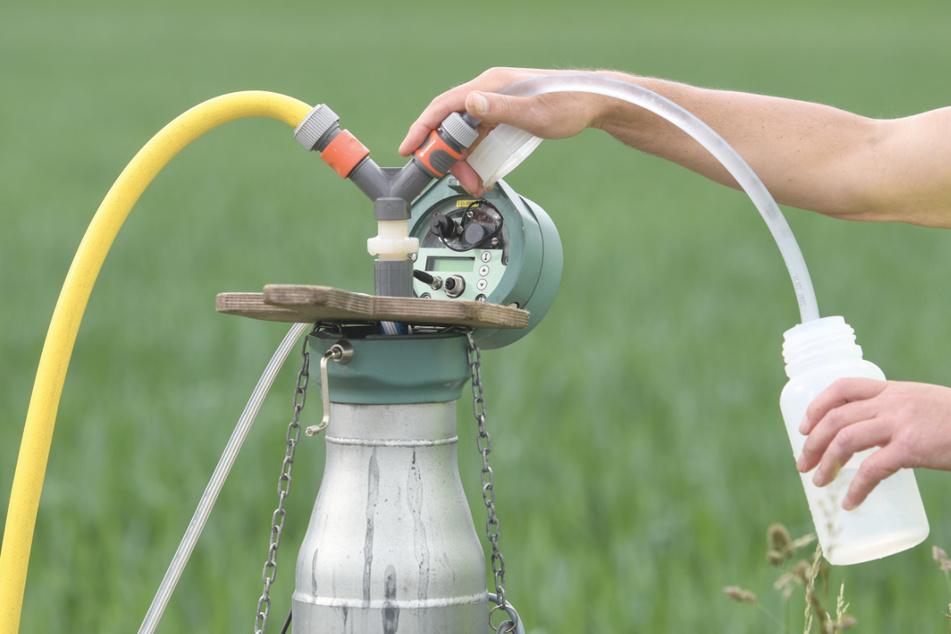 Aus einer Grundwasserentnahmestelle wird Grundwasser entnommen. (Symbolbild)