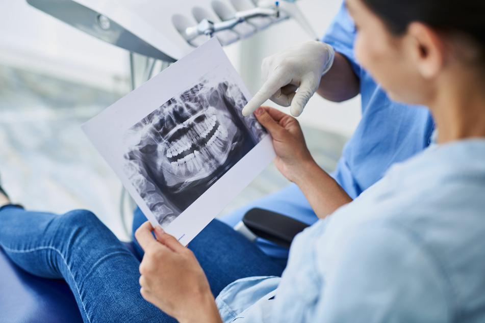 Mann geht 27 Jahre nicht zum Zahnarzt, dann erhält er die Schockdiagnose