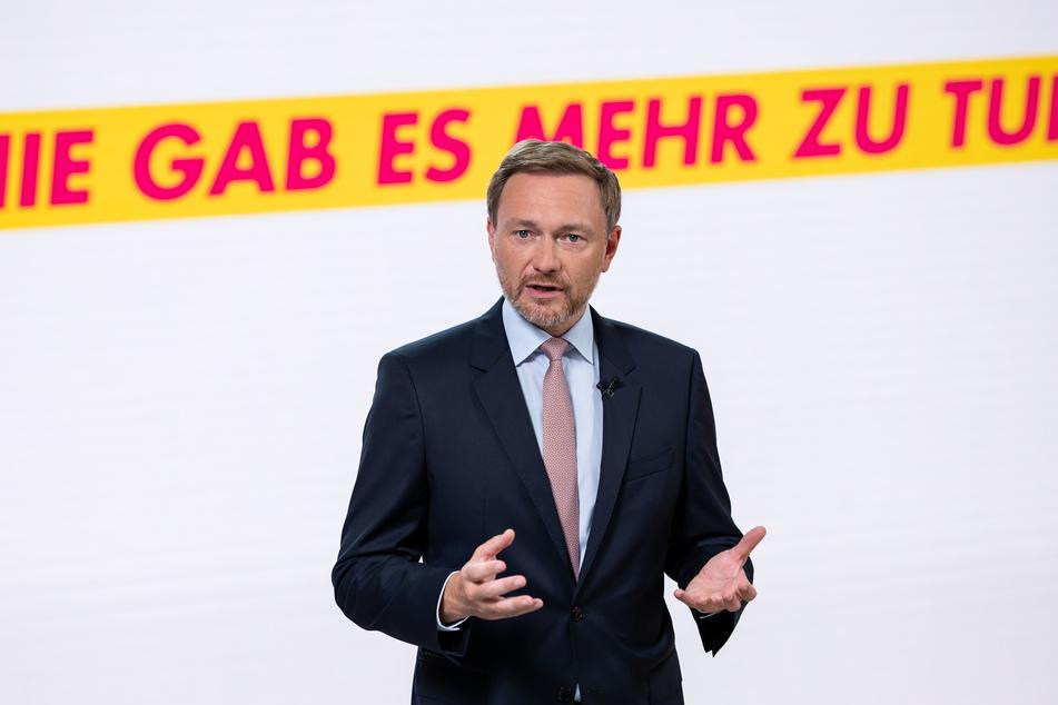 Christian Lindner (42), Bundesvorsitzender der FDP, fordert Weitsicht von Bund und Ländern.