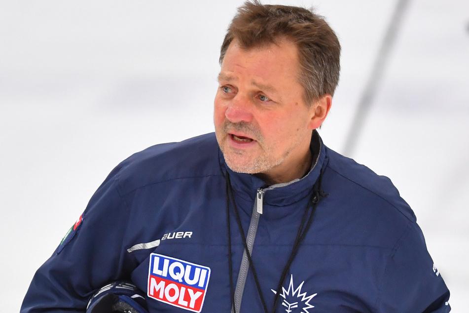Der neue Coach Andreas Brockmann (53) hat mit den Dresdner Eislöwen bislang zwei Niederlagen kassiert.