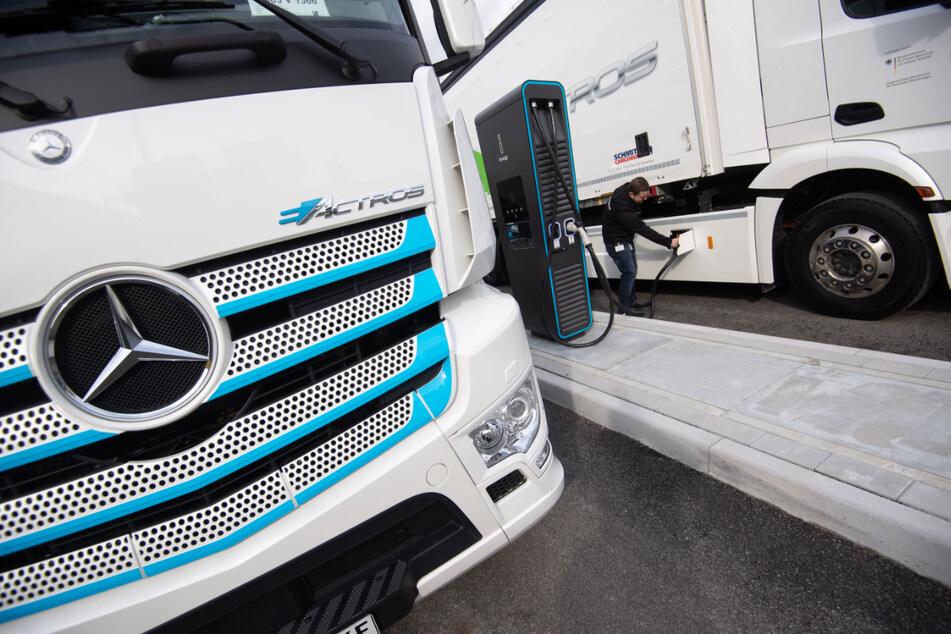 Dieses Jahr soll die Serienfertigung des eActros starten, Daimlers erstem batterieelektrischen Lkw. (Archiv)