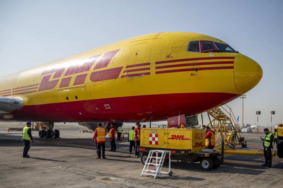 Wegen Corona: Deutsche Post DHL meldet Rekordergebnis und baut Flotte aus