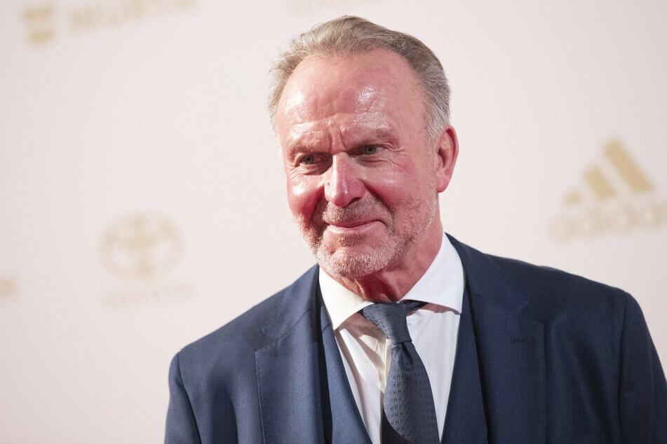 Bayern-Vorstandschef Karl-Heinz Rummenigge (65) fordert mehr Geduld für Katar. (Archiv)