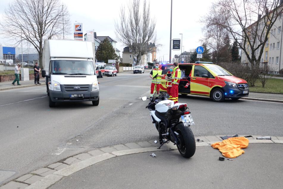 Die Kötzschenbroder Straße war nach dem Unfall gesperrt.