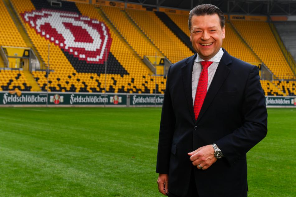 Dynamo-Präsident Holger Scholze im April 2019 im Harbig-Stadion. Damals war die Welt noch einigermaßen in Ordnung, nicht nur für Dynamo.