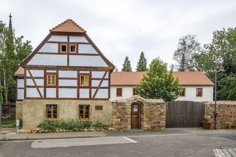 Steht seit 381 Jahren: So toll sieht das sanierte Haus jetzt aus.