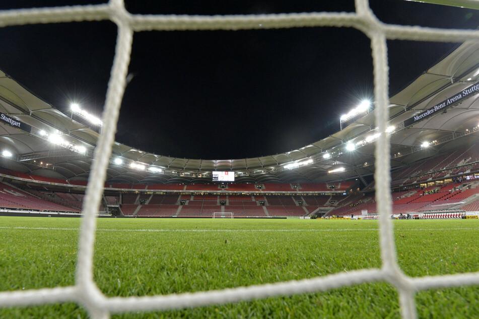 Der DFB fordert die Durchführung von Geisterspielen - also ohne Publikum.
