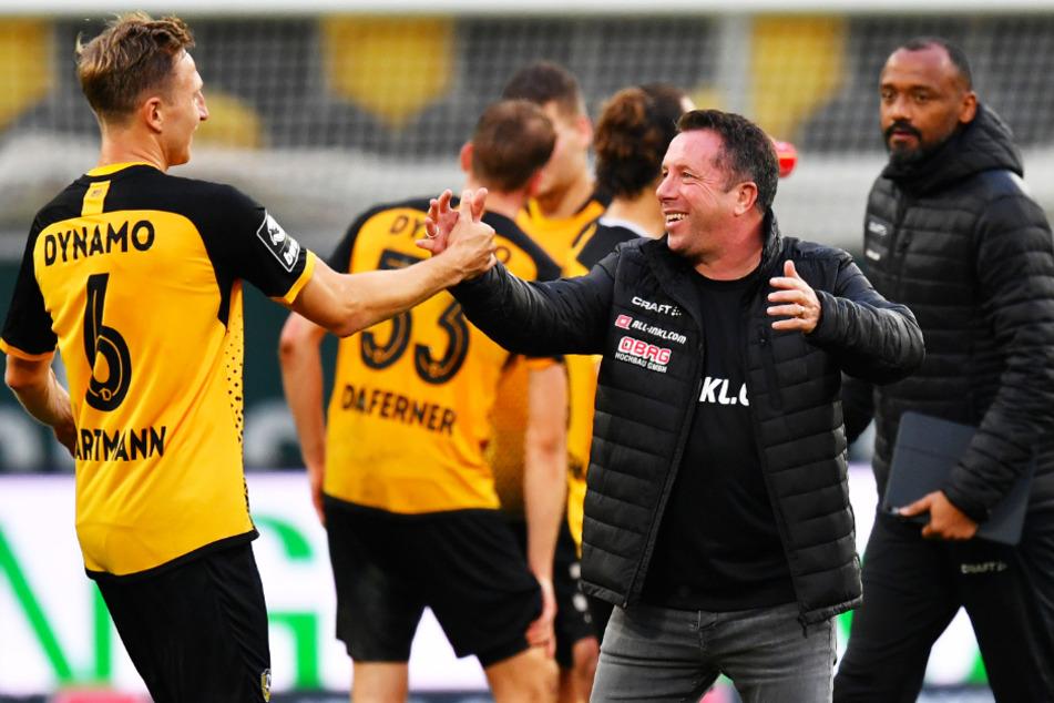 Dynamo-Coach Markus Kauczinski freute sich mit seinem Routinier Marco Hartmann (l.).