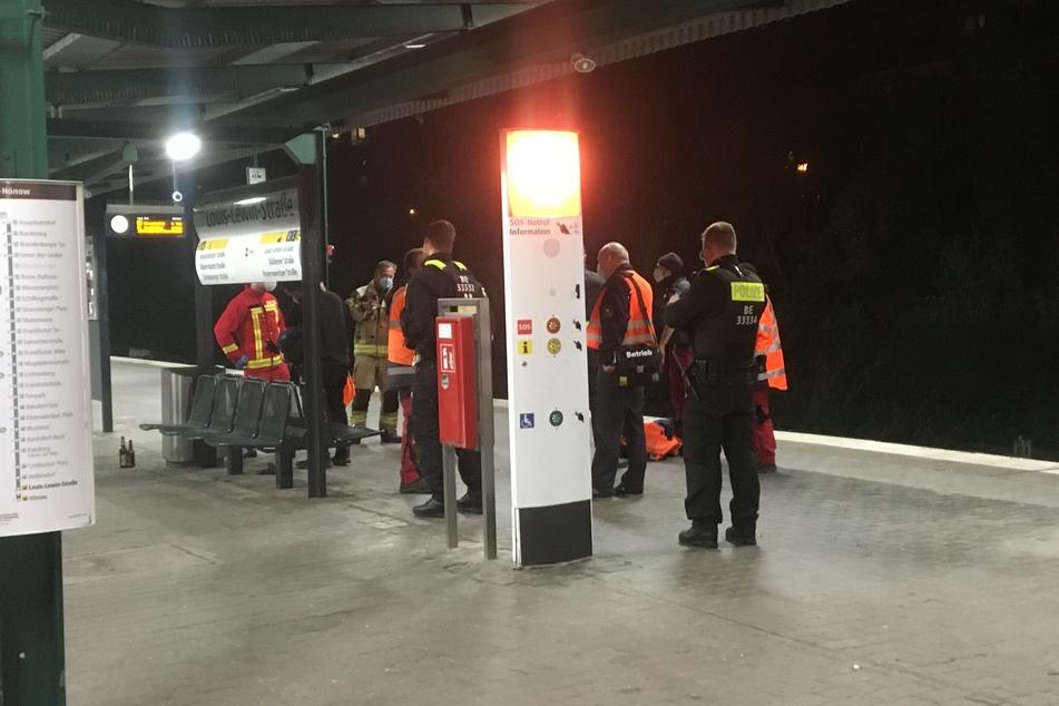 Eine 16-Jährige und ein 20-Jähriger konnten nach dem Vorfall am U-Bahnhof Louis-Lewin-Straße festgenommen werden.