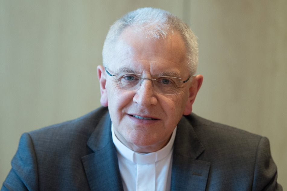 Bischof Heinrich Timmerevers (68) muss sich derzeit viel Kritik anhören.