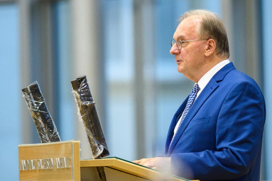 Sachsens Ministerpräsident Reiner Haseloff am Mittwoch am Magdeburger Landtag.