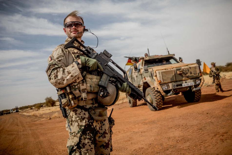Weihnachten im Ausland: Soldaten und Polizisten aus NRW erhalten süßen Dank