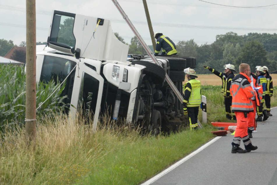 Die Feuerwehr wurde zur Unfallstelle gerufen.