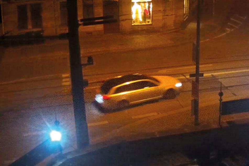 Ein Foto des Fluchtfahrzeuges der Täter.