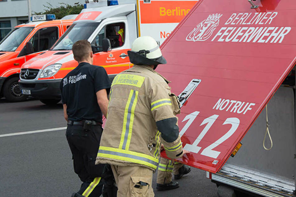 Die Feuerwehr sucht die genaue Herkunft der Substanz, Reizgas wäre möglich. (Symbolbild)