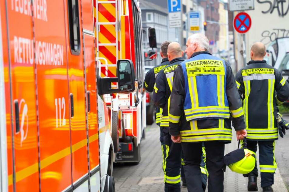 Ein Rettungswagen wurde zur Unfallstelle gerufen. (Symbolbild)