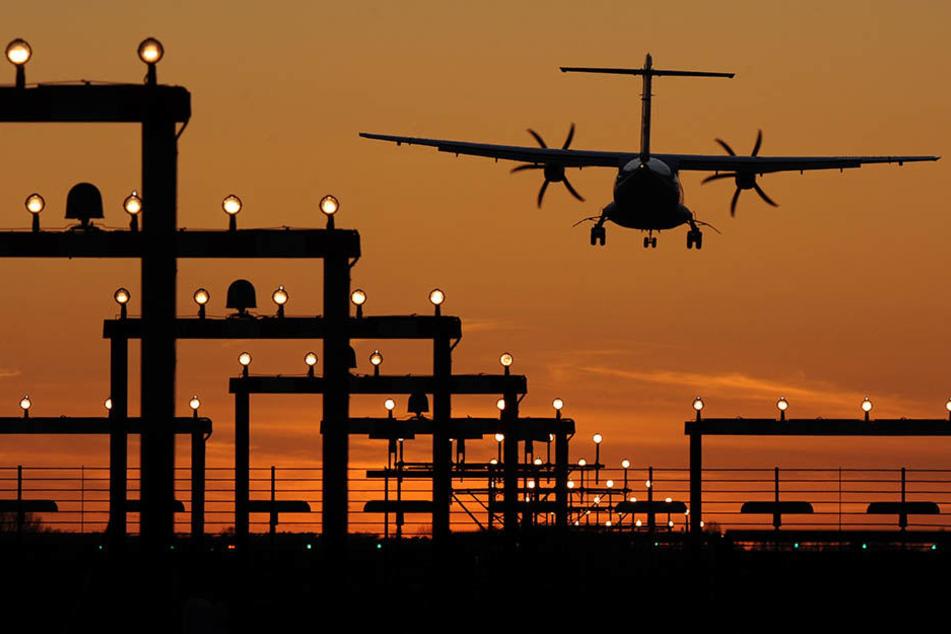 Laserattacken können böse Unfälle und sogar Flugzeugabstürze zur Folge haben.