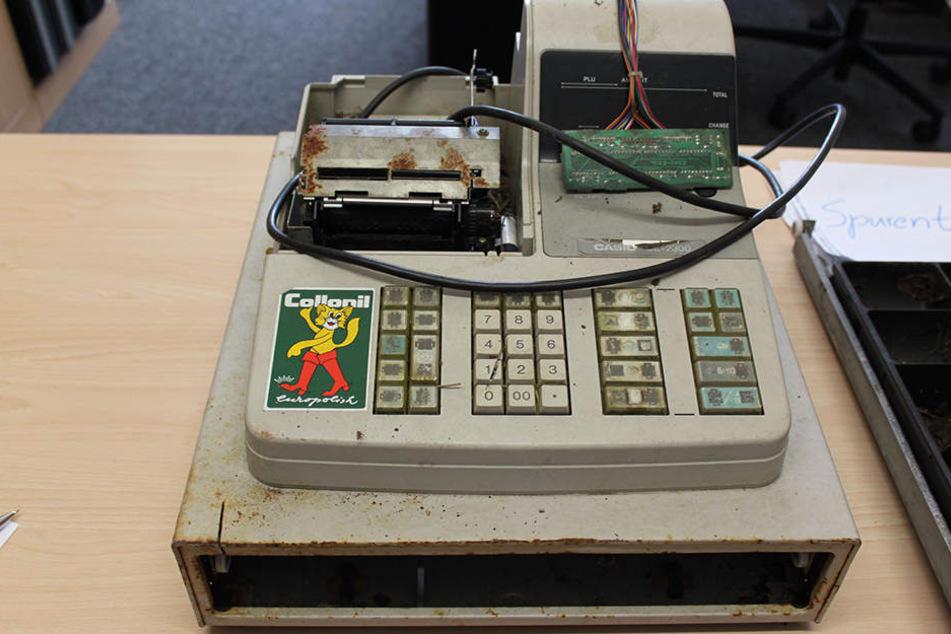 Diese Mysteriöse Registrierkasse gibt der Polizei Rätsel auf