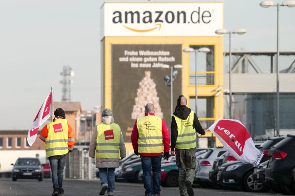 Streikende bei Amazon. (Symbolbild)