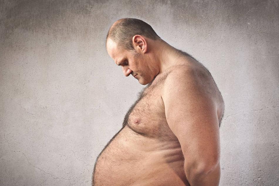 Abnehmen hilft auch! Bei 10 Kilogramm weniger holst Du locker 1,5 Zentimeter raus!