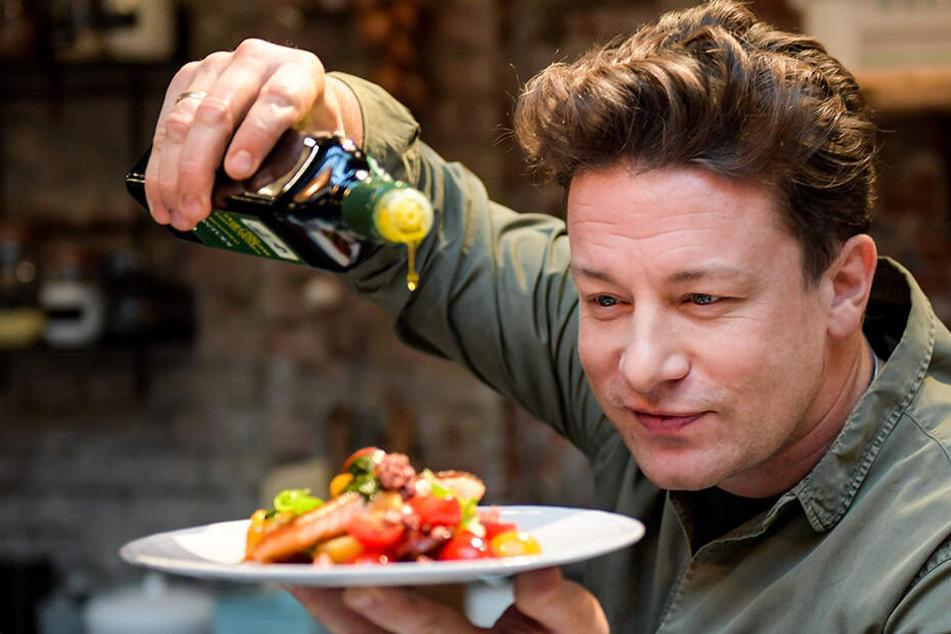 """Jamie Oliver steht gleichermaßen für Kreativität und Qualität in der Küche. Nach über zehn Jahren muss seine Restaurantkette """"Jamie's Italian"""" jedoch die Pforten schließen."""