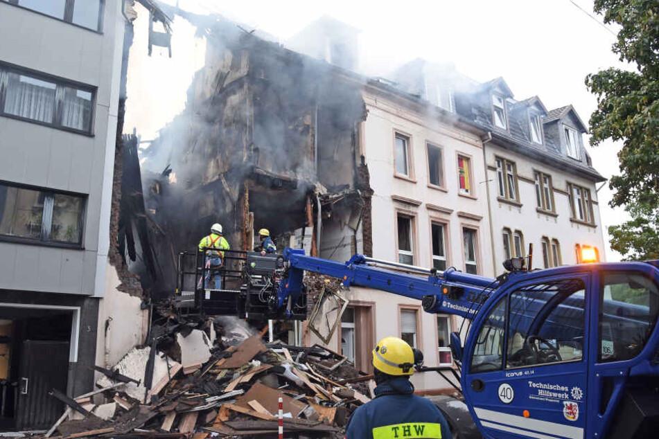 Das Gebäude wurde durch die Explosion und den Brand fast komplett zerstört.