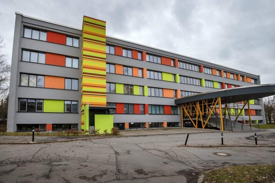 Für die Schüler der Heinrich-Heine-Grundschule in Bernsdorf soll der Schulweg sicherer werden.