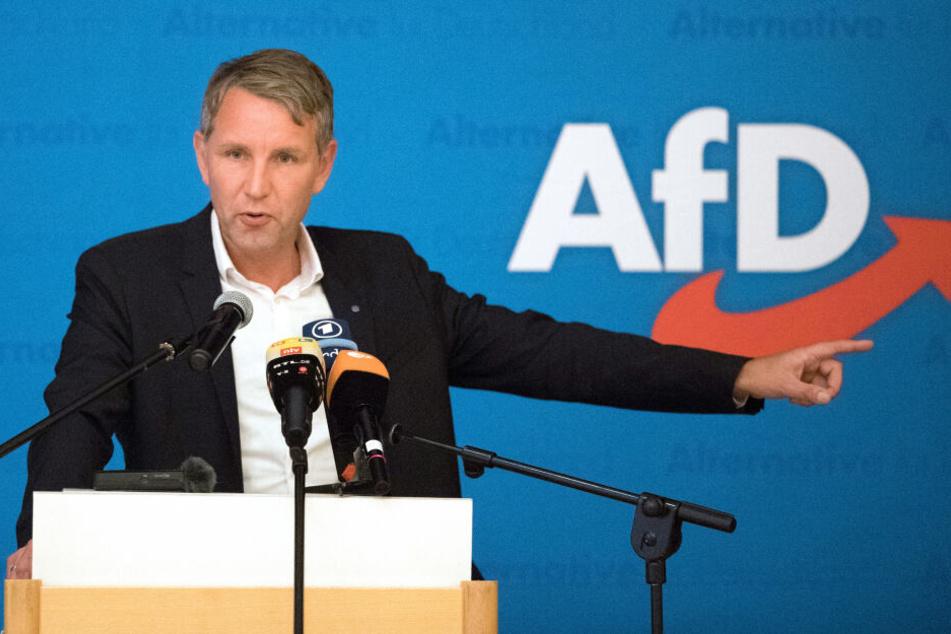 """Björn Höcke gilt als Aushängeschild des völkisch-nationalistischen """"Flügels"""", dessen Ausrichtung die AfD nun zum extremistischen """"Verdachtsfall"""" des Verfassungsschutz werden ließ."""