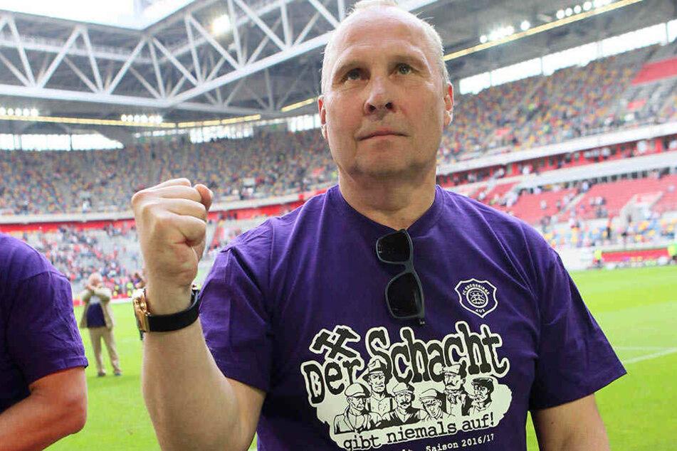 Aue-Boss Helge Leonhardt.