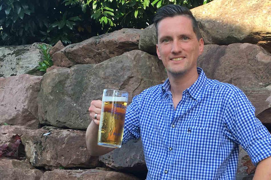 Patrick Karch will als Bierkönigin groß hinaus.