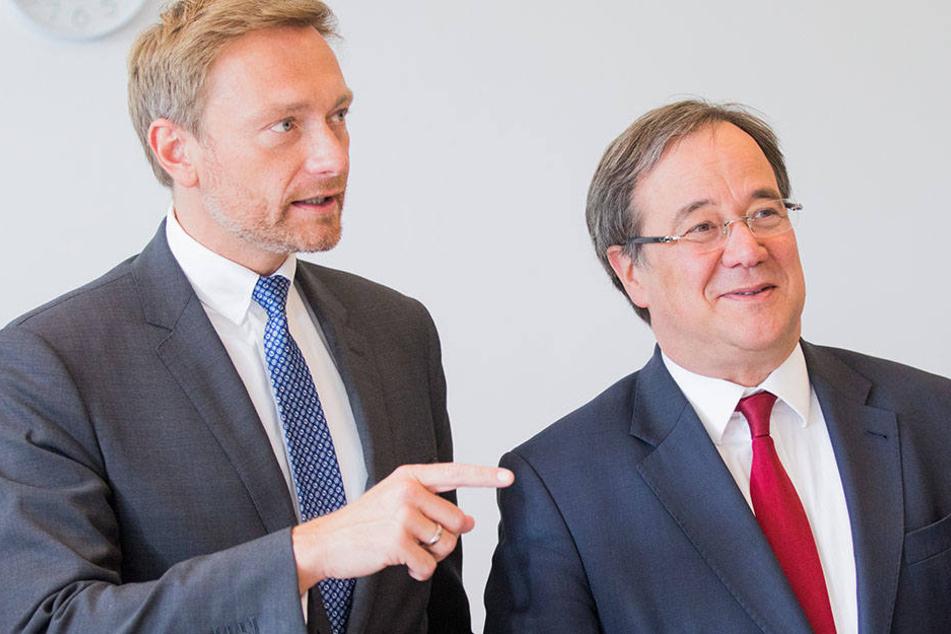 Christian Lindner (FDP, li.) und Armin Laschet (CDU, re.) führen die Verhandlungen für ihre Parteien.