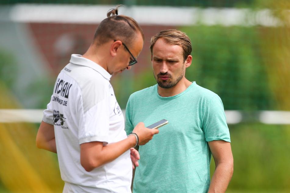 Pressesprecher Daniel Sacher (41, l.) und Sportdirektor Toni Wachsmuth (34) freuen sich über jede verkaufte Dauerkarte.
