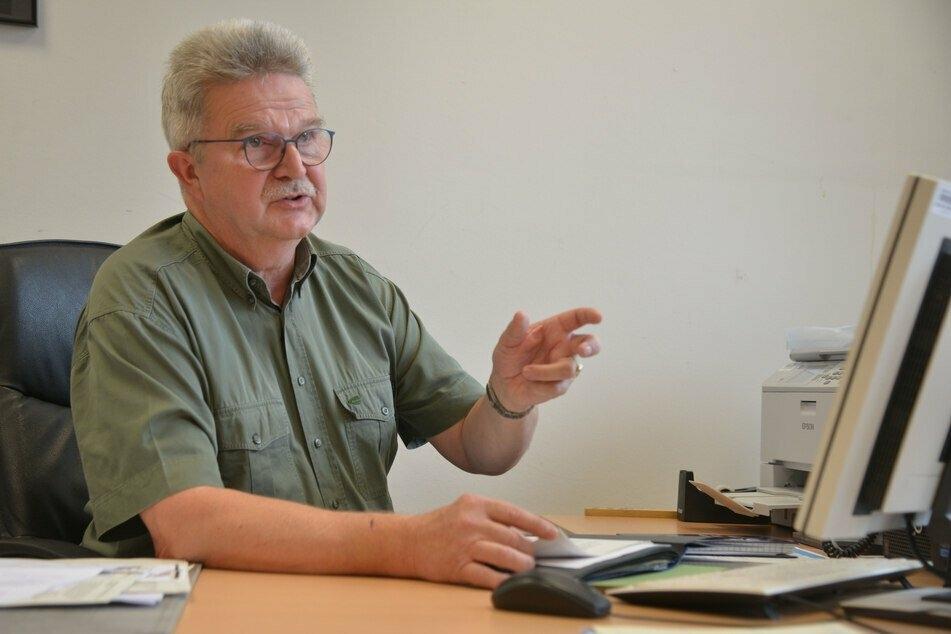 Gesundheitsamtsleiter Dr. Harald Uerlings (61) verfolgt Infektionsketten zurück und sieht einer möglichen zweiten Welle gelassen entgegen.