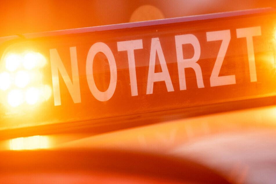 Chemnitz: Radfahrerin von Auto erfasst und schwer verletzt