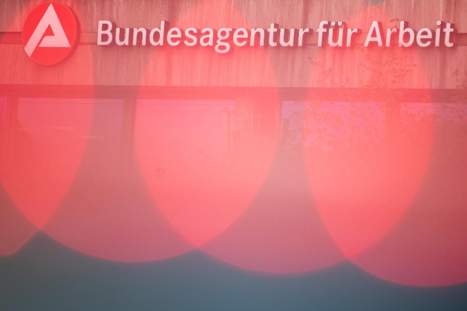 Corona-Maßnahmen lassen Arbeitslosenzahlen in Bayern drastisch steigen