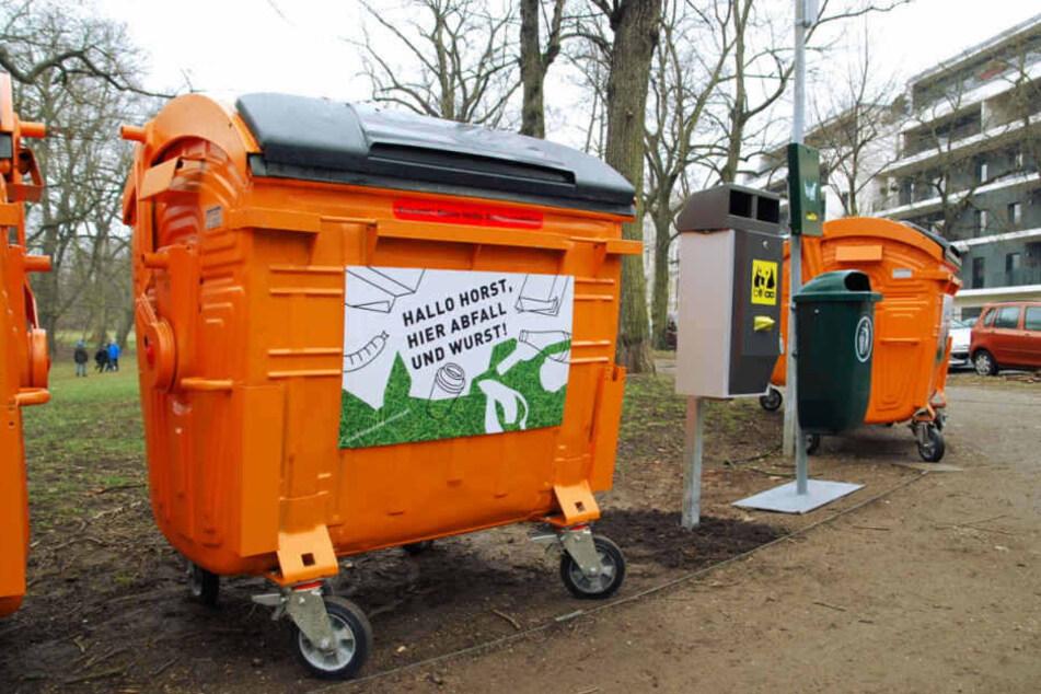Diese 1,1 Kubikmeter fassenden Müllcontainer wurden in die Leipziger Parks gestellt.