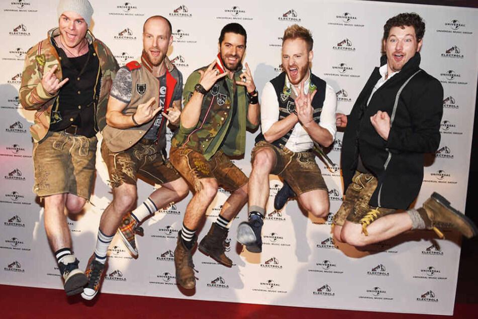 Die geheimen Favoriten: Die fünf Jungs von voXXclub wollen neue Volksmusik auf die ESC-Bühne bringen.