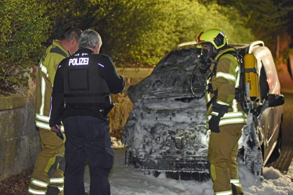 Zuerst wurden die Kameraden am Montagabend um 22 Uhr zu einem Brand in Ebersbach gerufen.
