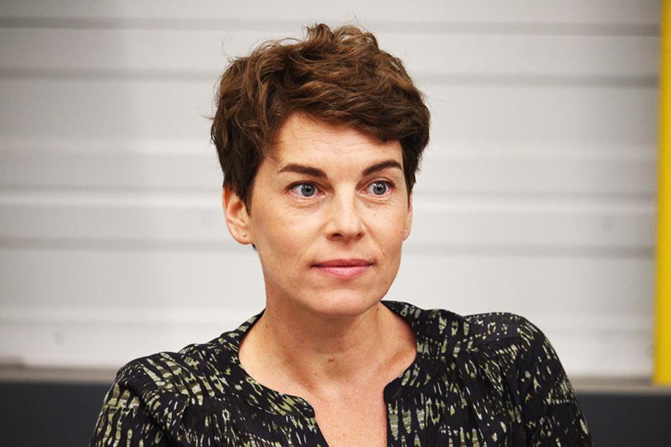 Victoria Mayer (41) spielt im Film die Mutter der kleinen Superheldin. Sie ist aus dem Tatort und SOKO bekannt.