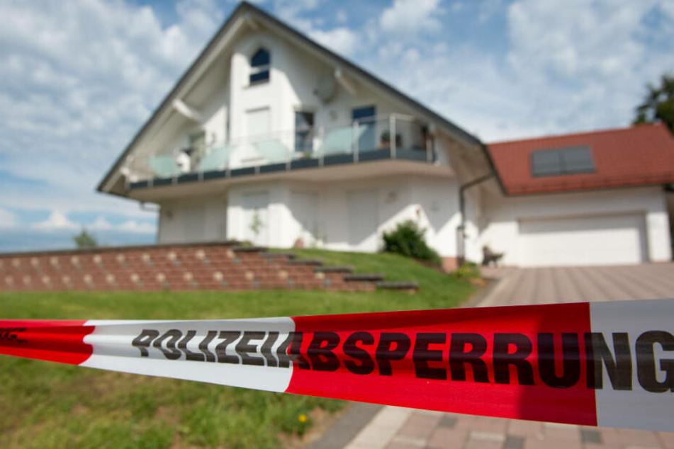 Am 2. Juni wurde der Kasseler Regierungspräsident Lübcke on seinem Wohnhaus im nordhessischen Wolfhagen mit einem Kopfschuss getötet.