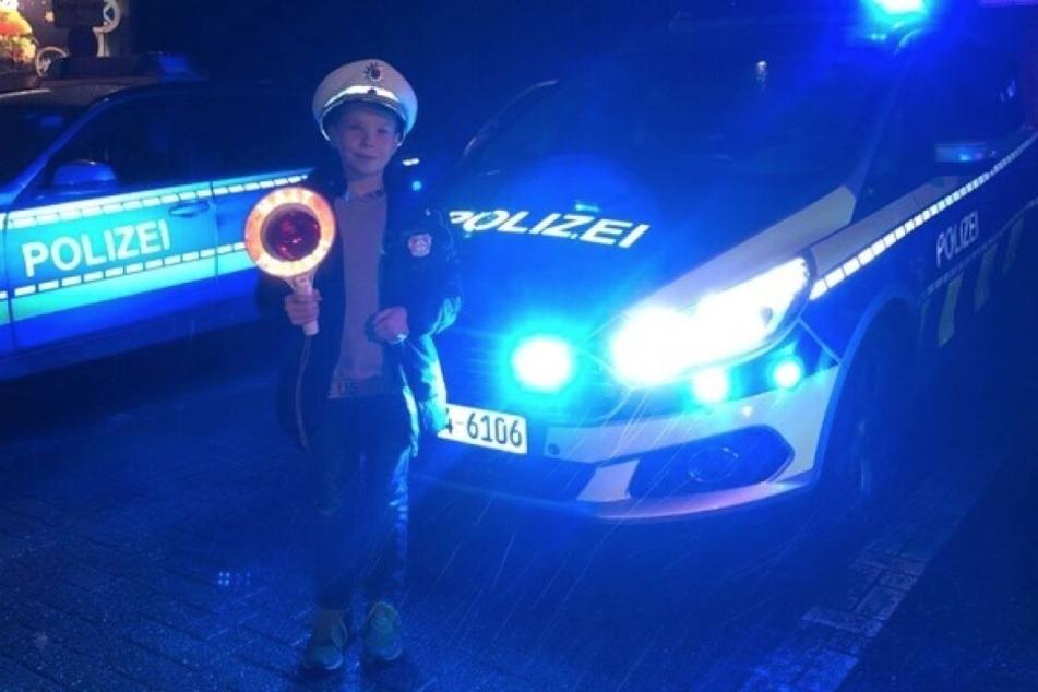 Luca (9) mit klasse Weihnachts-Aktion für Polizei
